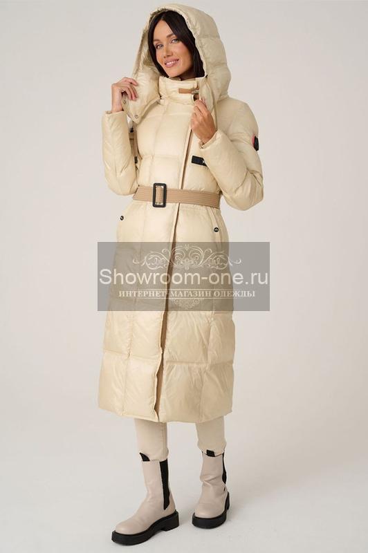Пуховик длинный женский зимний с енотом