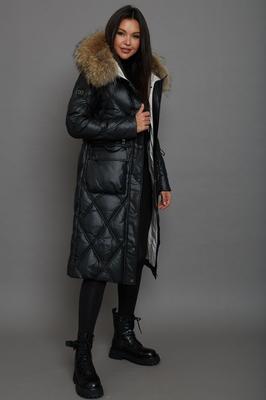 Короткое пальто с меховым воротником черное