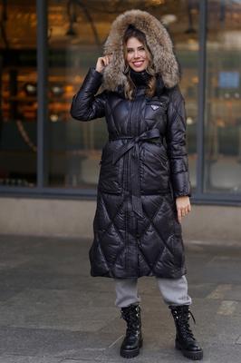 Красивое шерстяное пальто с утеплителем серое