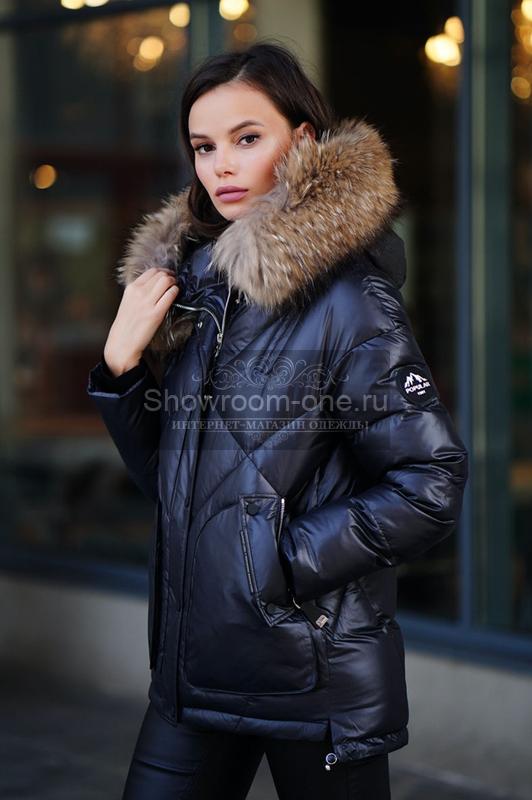 Короткий теплый пуховик женский зимний