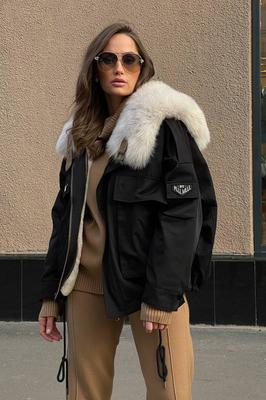 Вязаный костюм женский с брюками белый