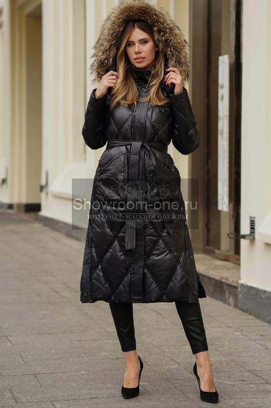 Зимнее пальто с мехом песца черное